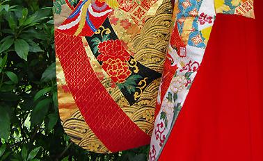 神社 結婚式 食事会 色打掛衣装 豪華 刺繍  栃木 群馬 埼玉