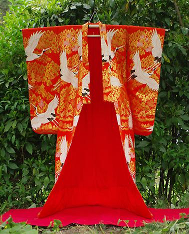 神社 結婚式 食事会 色打掛衣装 オレンジ 鶴 刺繍  栃木 群馬 埼玉